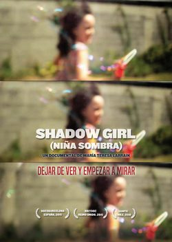 Cartel de Shadow Girl (Niña Sombra)