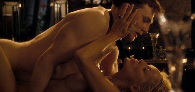 Sharon Stone deslumbra posando desnuda a los 57 Fotos