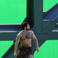 Henry Cavill rueda una escena de acción para 'Superman: Man of Steel'