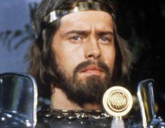 Muere el actor Nigel Terry, el legendario rey Arturo de 'Excalibur', a los 69 años
