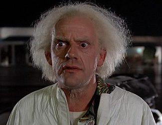 Christopher Lloyd vuelve a interpretar a Doc Brown de 'Regreso al futuro' para un anuncio