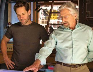 Paul Rudd, en dos tamaños, protagoniza las nuevas imágenes de 'Ant-Man'