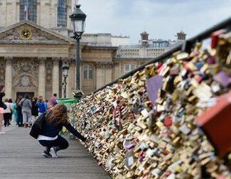 París limpia definitivamente de candados el Pont des Arts