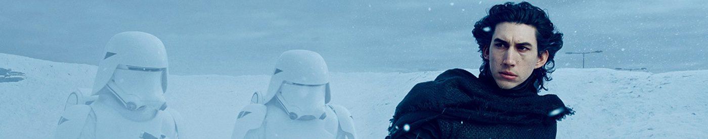 John Boyega estrena sable láser en un nuevo teaser de 'Star Wars: El despertar de la fuerza'