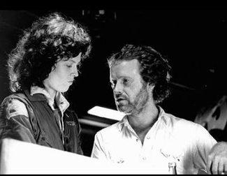 Ridley Scott revela que se estrenarán dos películas de 'Alien' para 2017