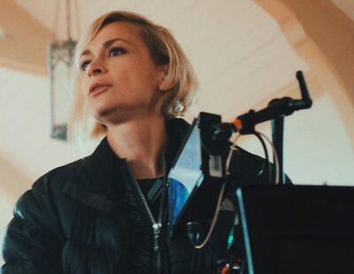 La muerte de Halyna Hutchins en el rodaje de 'Rust' desencadena un clamor por la eliminación de armas en rodajes