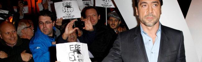Javier Bardem junto a los manifestantes en Madrid