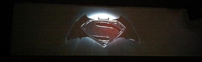 Logo de la reunión de Batman y Superman que veremos en 2015