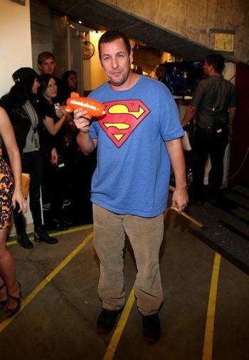 Adam Sandler en los kids Choice Awards 2014