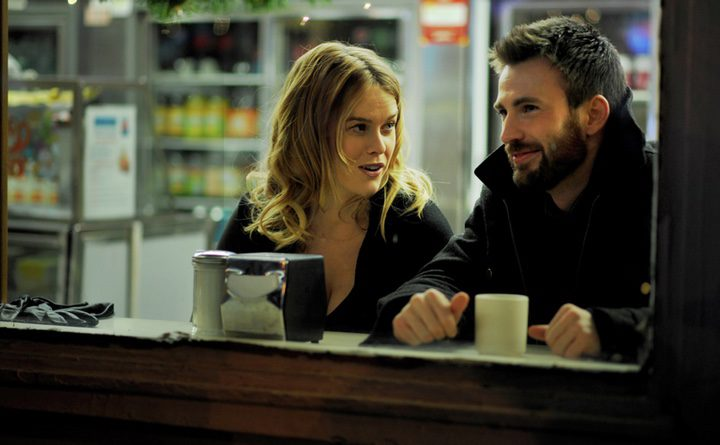 Chris Evans debuta como director en el tráiler de 'Before We Go'