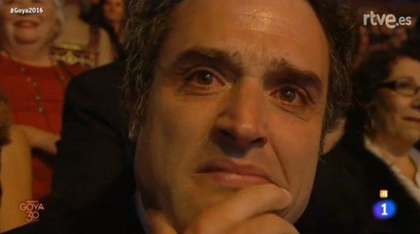 Daniel Guzmán llorando