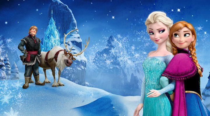 Elsa y su hermana Ana en 'Frozen: El reino del hielo
