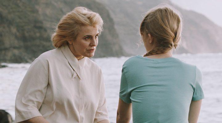 Ingrid García Jonsson interpreta a una joven susceptible a ser captada por una secta en 'Acantilado'
