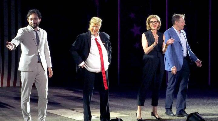 Meryl Streep como Donald Trump