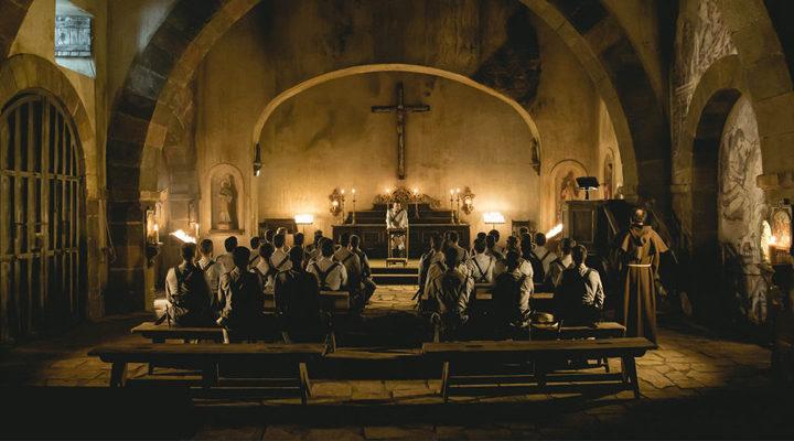 '1898. Los últimos de Filipinas' fotograma iglesia