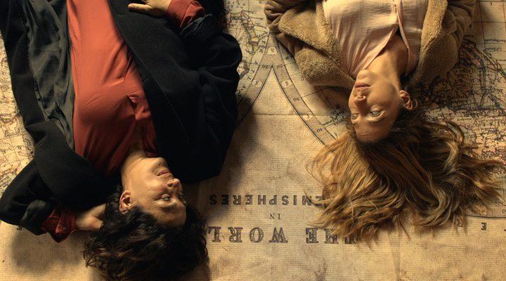 Isabel Ordaz y Julia Quintana en una escena de 'Todo mujer'