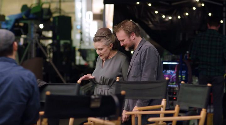 Carrie Fisher y Rian Johnson durante el rodaje de 'Star Wars: Los últimos Jedi'