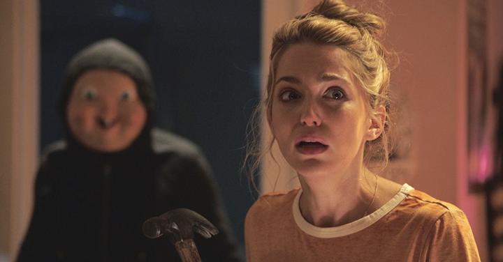 Jessica Rothe bajo amenaza en la nueva película de Blumhouse