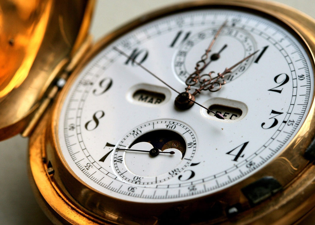 El reloj maldito