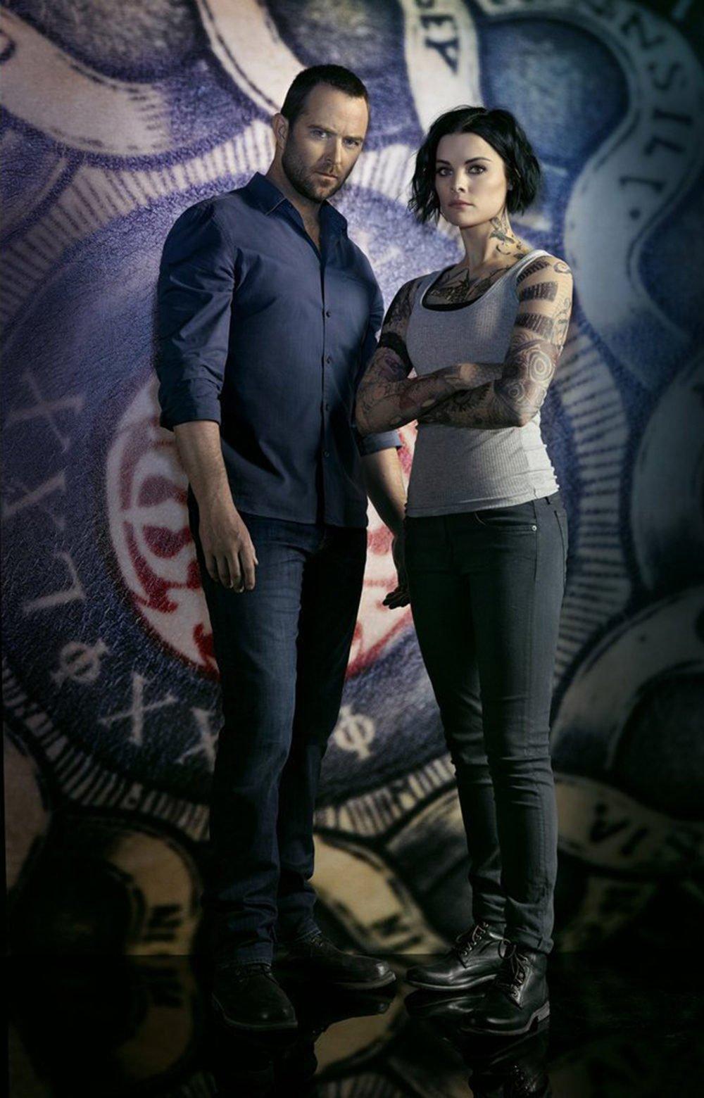 Jane y Weller en una imagen promocional de la segunda temporada
