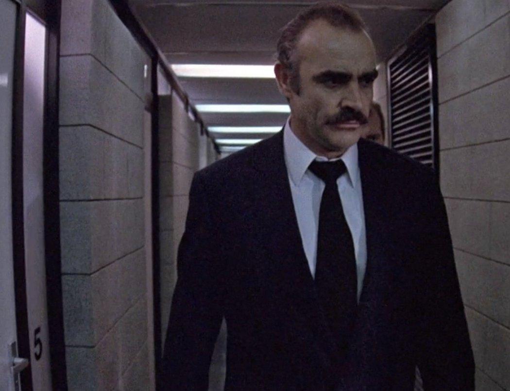 Sargento detective Johnson en 'La ofensa'
