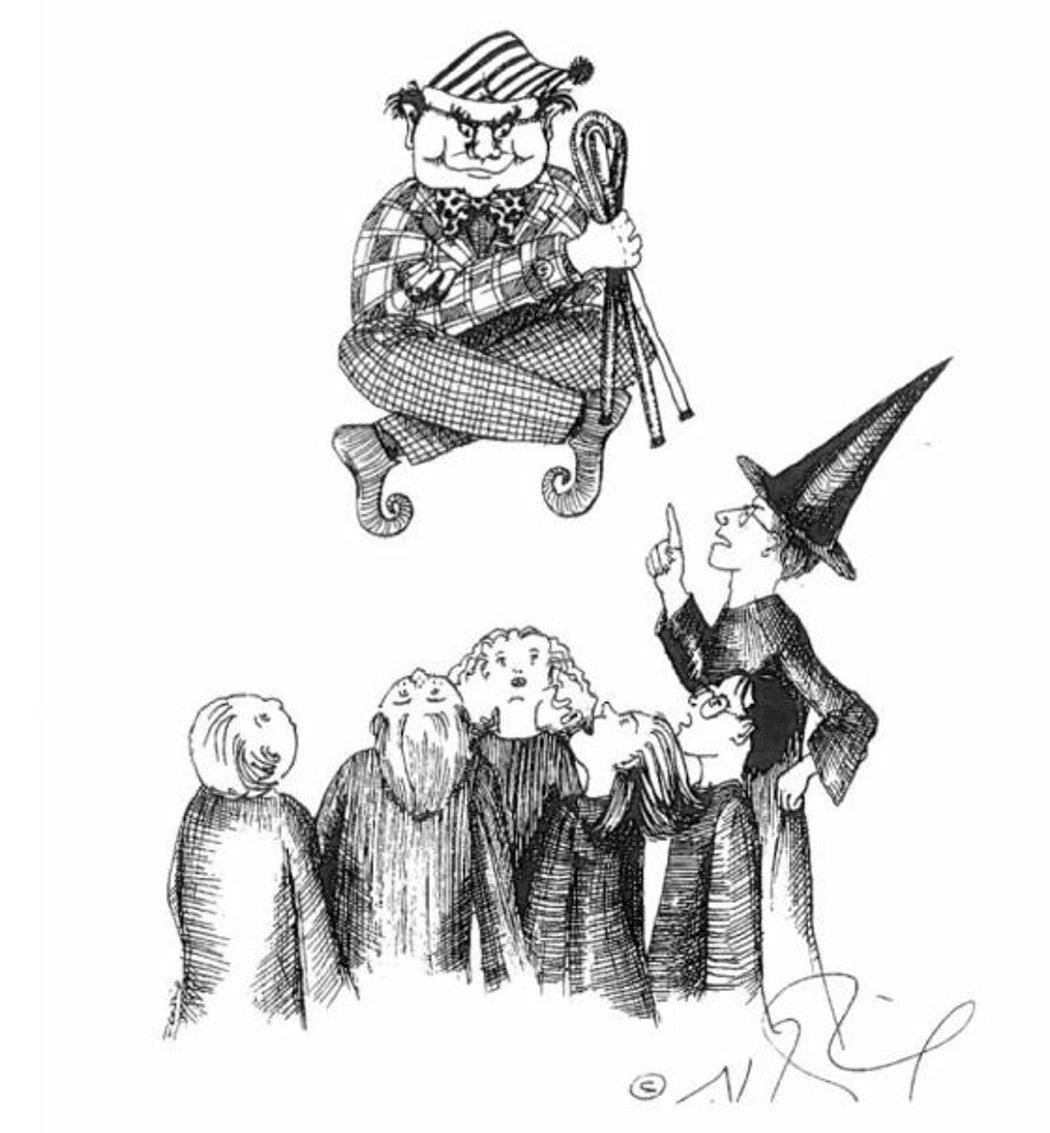 La Profesora McGonagall regaña a Peeves, el poltergeist más gamberro de Hogwarts