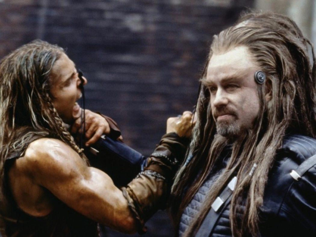 'Campo de batalla: La Tierra (2000) 73.000.000$ + 'El sonido del trueno' (2005) 52.000.000$