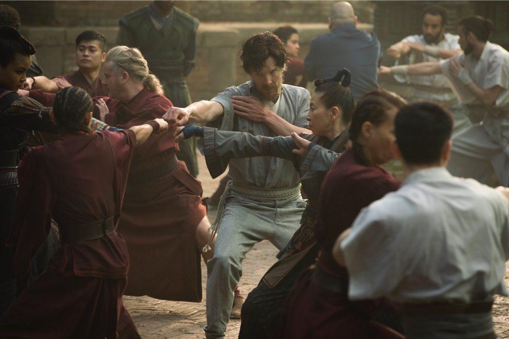 Doctor Strange entrenando
