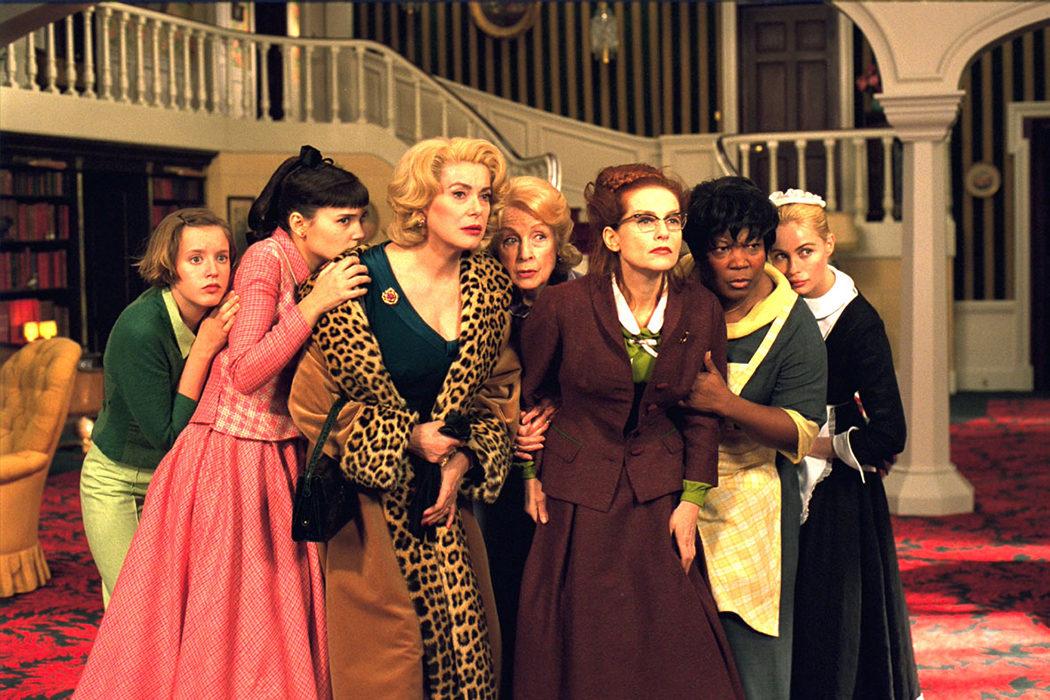 '8 mujeres' (François Ozon, 2002)