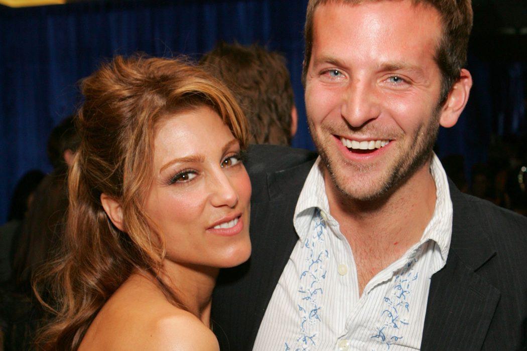 Bradley Cooper y Jennifer Esposito