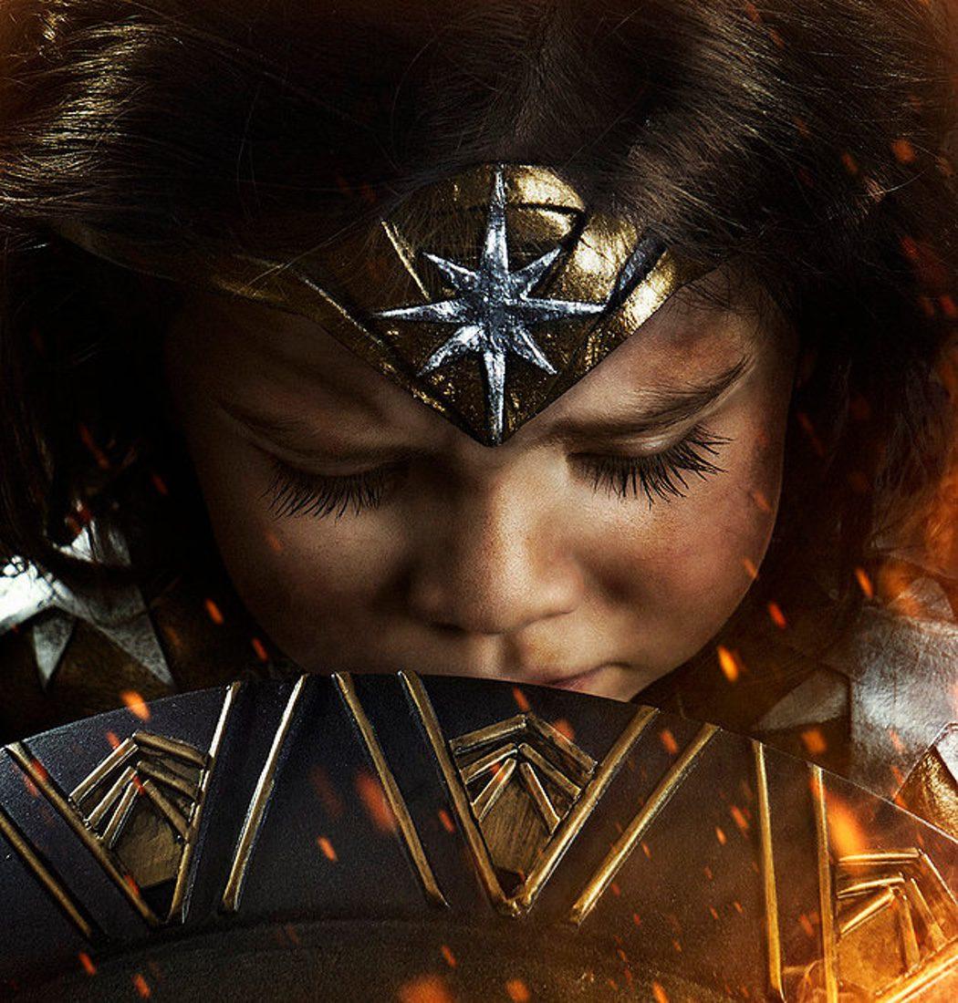 Primer plano de Nellee como Wonder Woman
