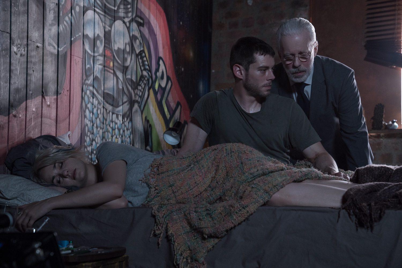 Ridley y Will en la segunda temporada de 'Sense8'