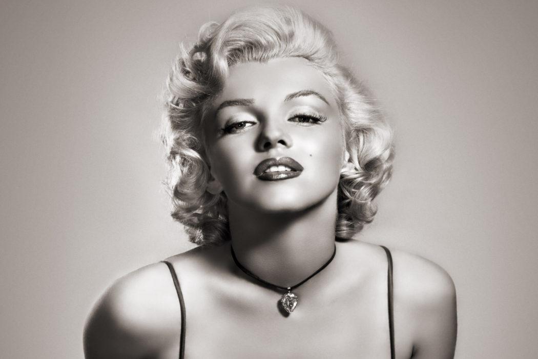 Marilyn Monroe es Norma Jeane Mortenson