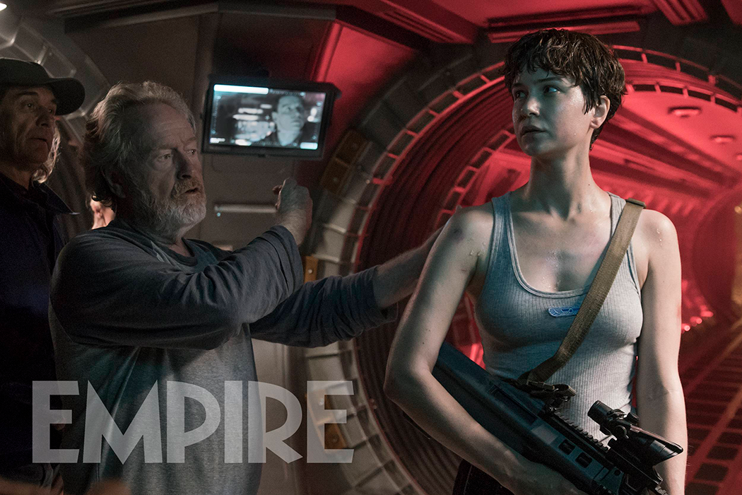 Ridley Scott y Katherine Waterston (Daniels)