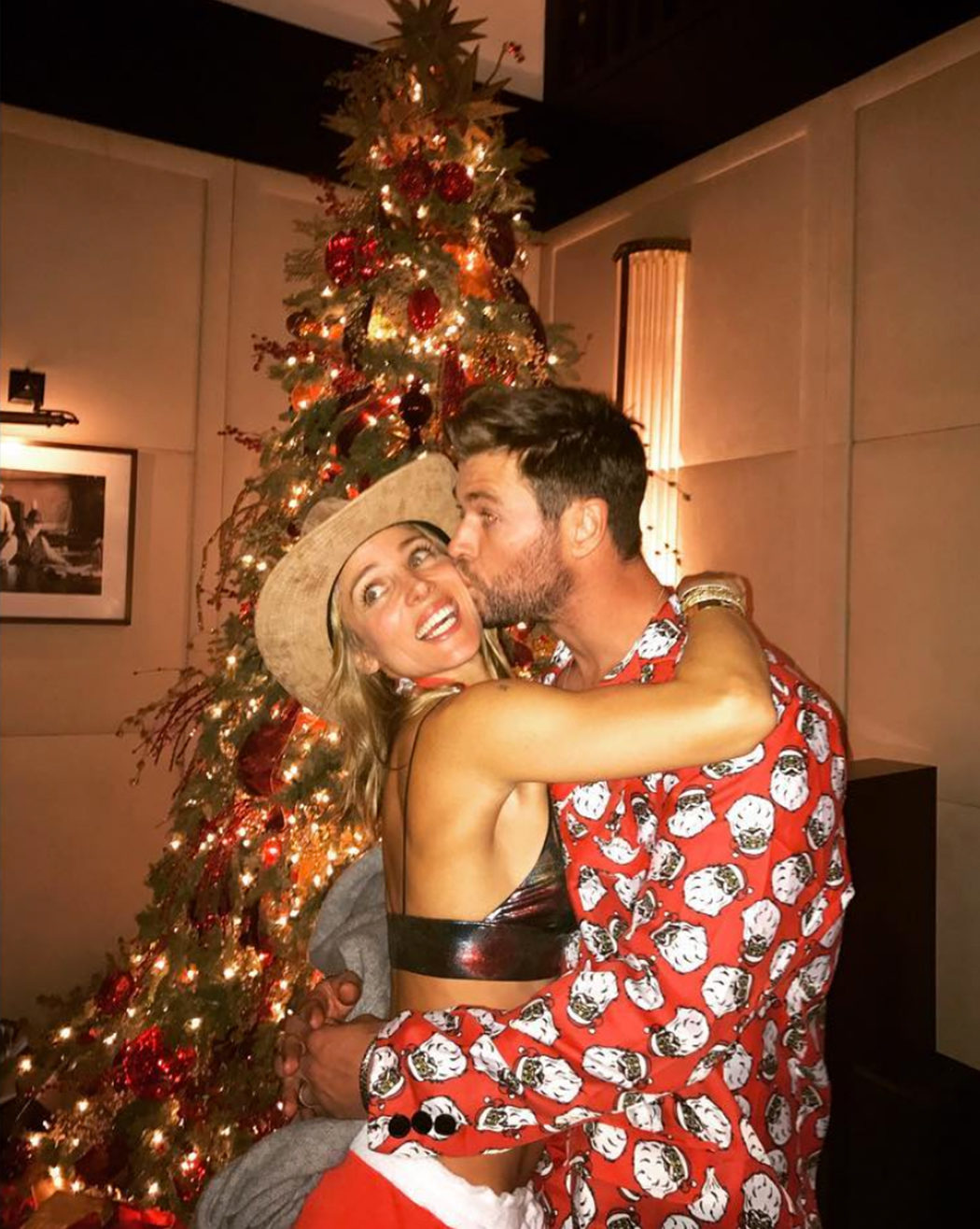 Elsa Pataky de fiesta con Chris Hemsworth
