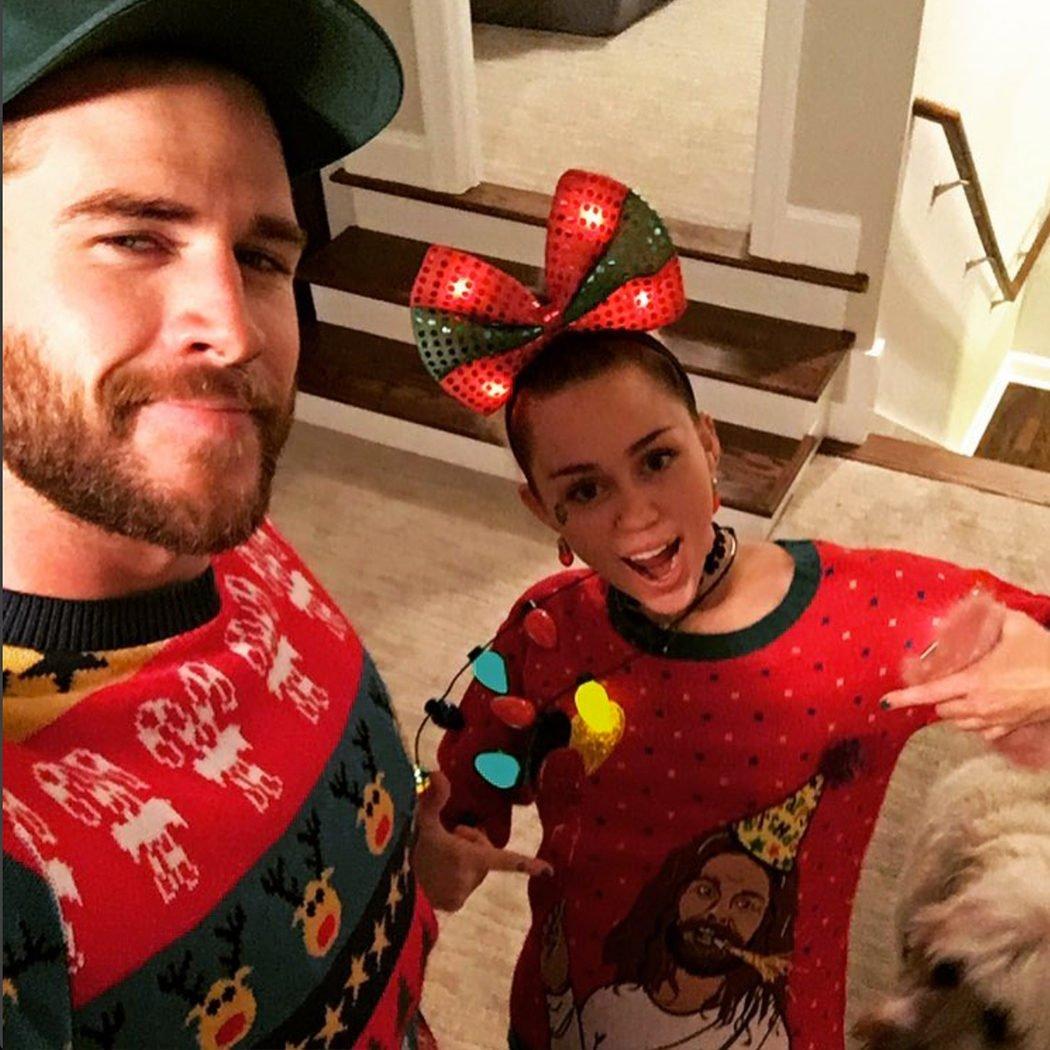 Liam Hemsworth y Miley Cyrus juntos en Navidad