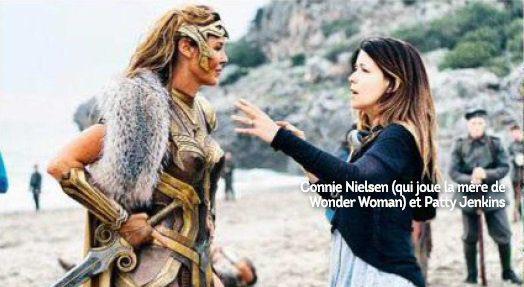 Patty Jenkins dando indicaciones a Connie Nielsen