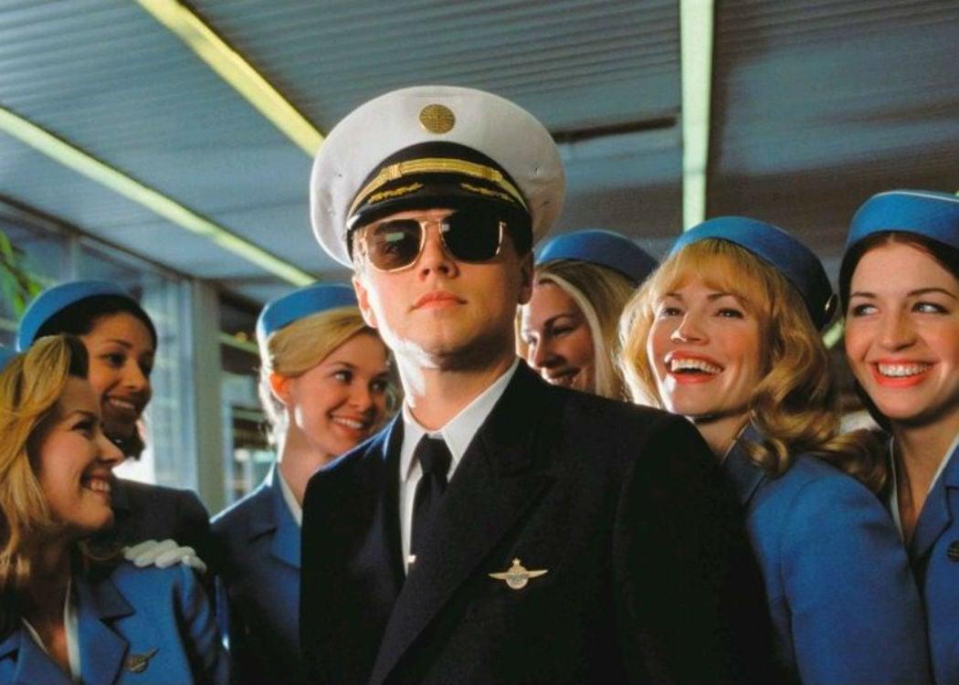 'Atrápame si puedes' (2002): De estafador consiguió volver loco a Tom Hanks