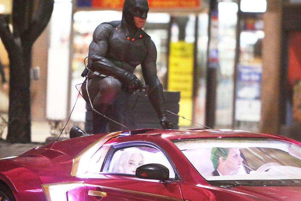 Una foto del rodaje confirma la presencia de Batman
