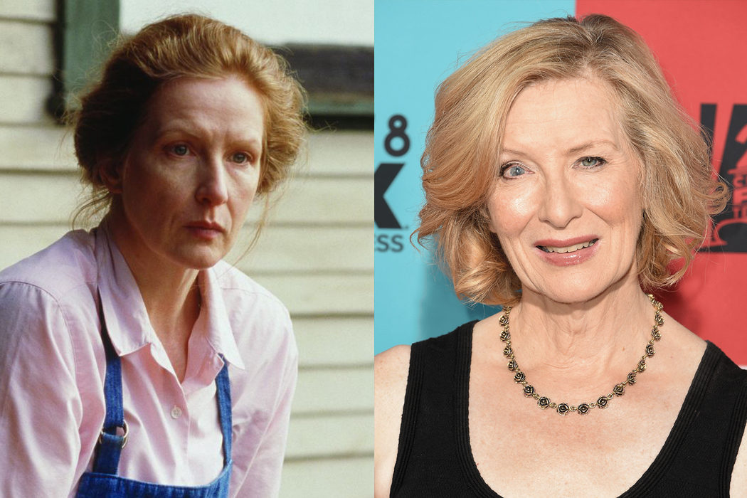 Frances Conroy (Ruth Fisher)