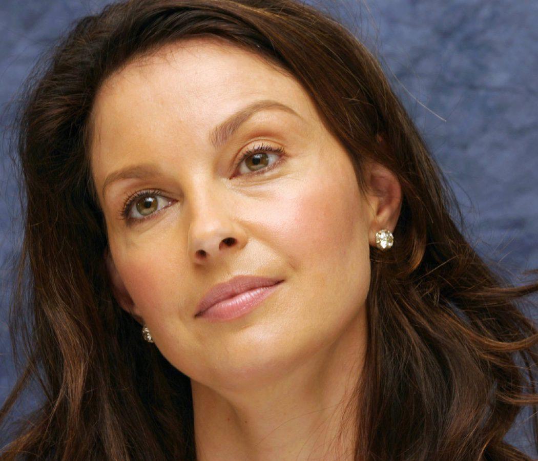 Ashley Judd en'Asesinos Natos'