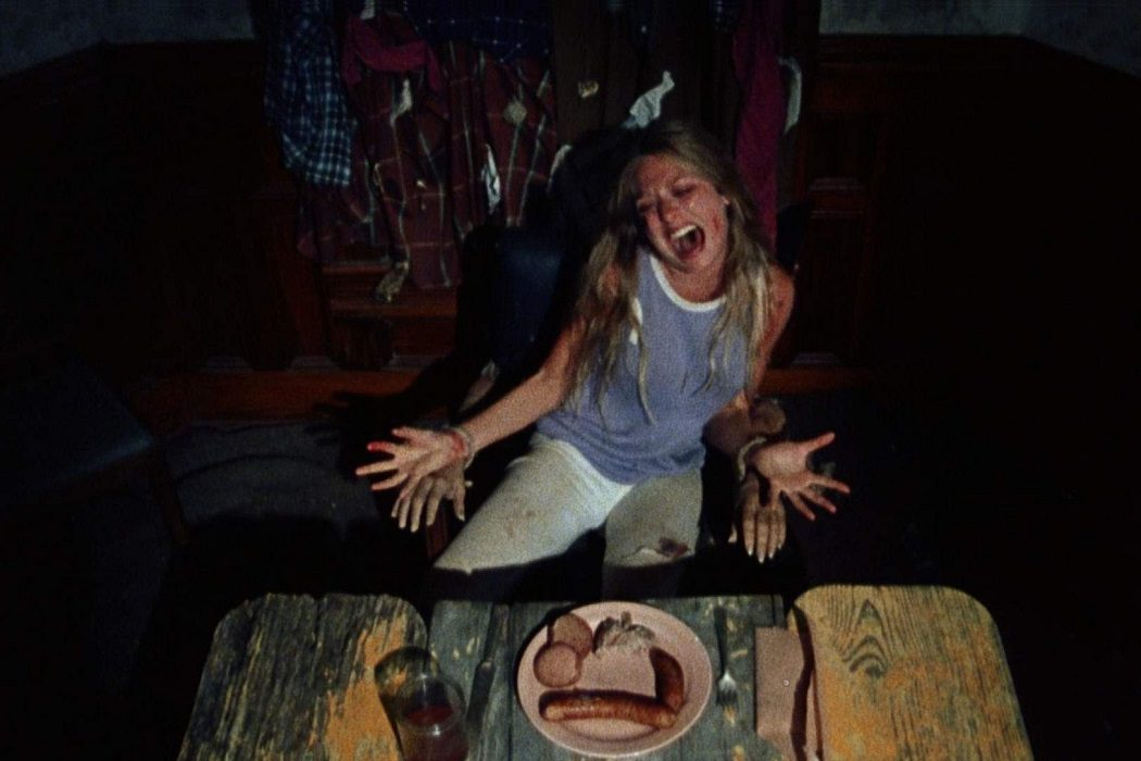 Marilyn Burns cenando en Texas