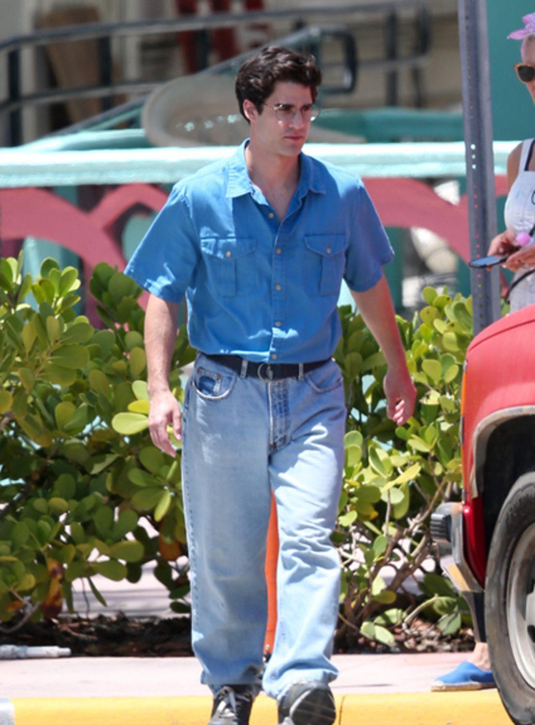 Darren Criss interpreta al asesino de Gianni Versace