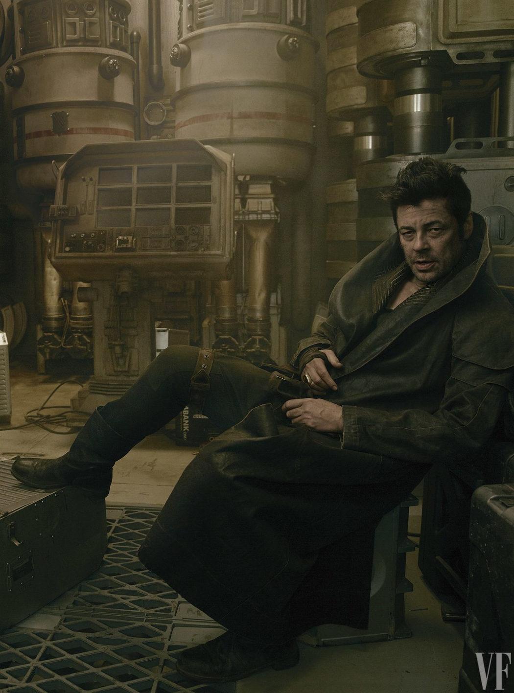 Benicio del Toro como DJ