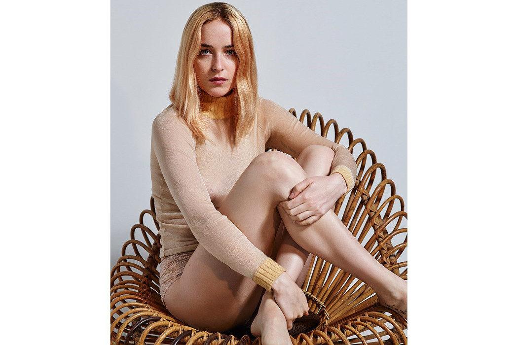 Dakota Johnson Posa Desnuda Para La Portada De La Revista Another