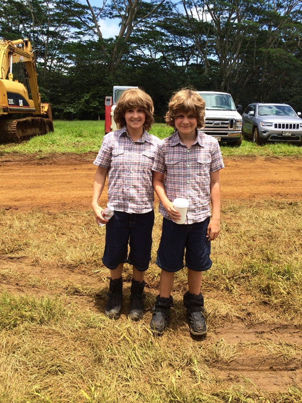 Kara Petersen es Ty Simpkins en 'Jurassic World'