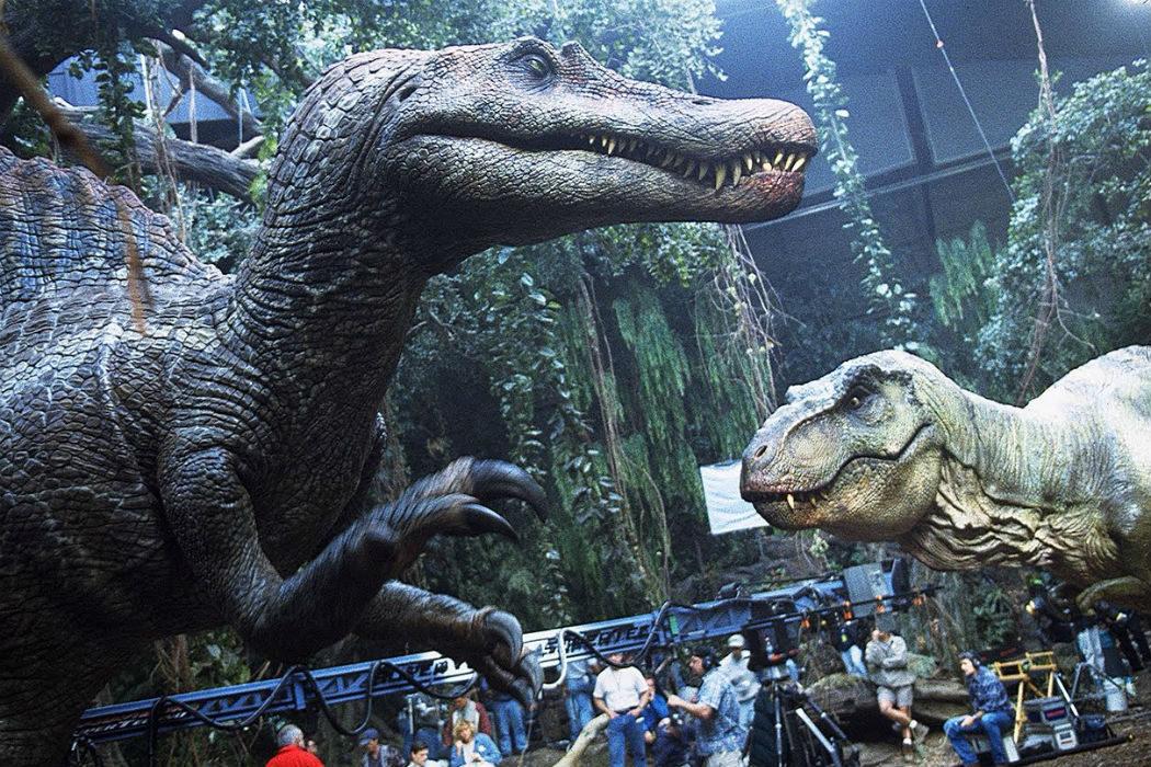 Más dinosaurios animatrónicos