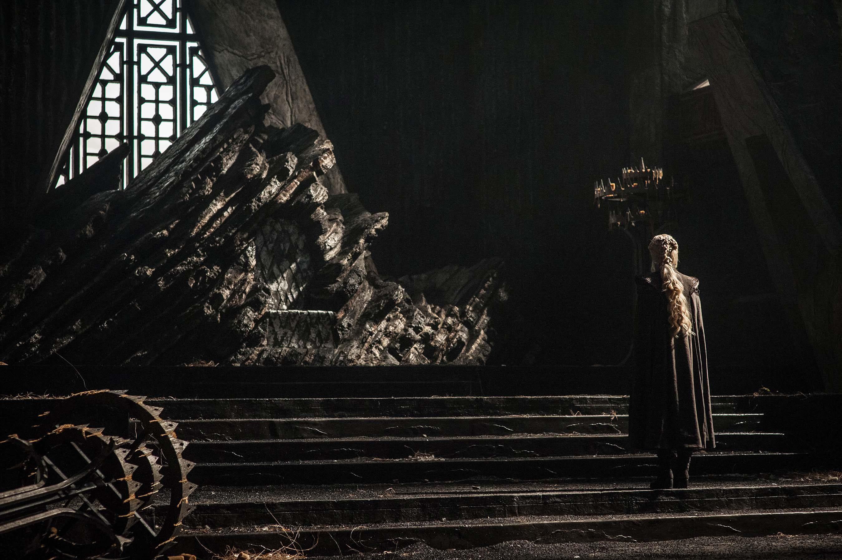Daenerys y el trono de Roca Dragón