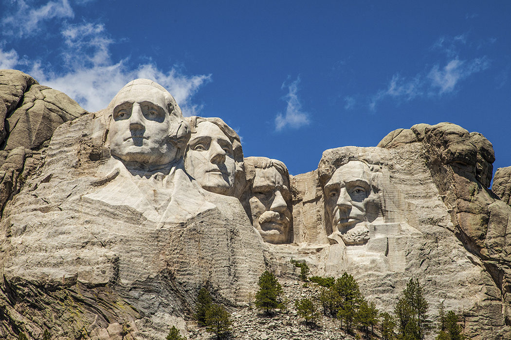 Montando Rushmore
