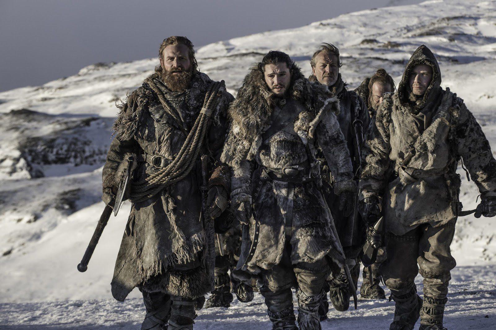 Jon, Jorah, Tormund, Thoros y Gendry en busca de los caminantes